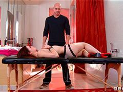 Возбуждающий массаж для скромной Jenna Ross