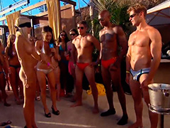 Чумовая вечеринка Playboy's Beach House