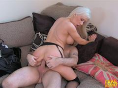 Анальный секс с томной блондинкой на кастинге