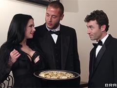 Групповой секс на гламурной вечеринке