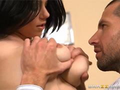 Секс с брюнеткой во время экзамена