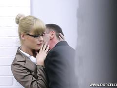 Оприходовал свою секретаршу