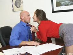 Шальной секс с секретаршей развратницей