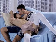 Приятный секс с красавицей Анжеликой