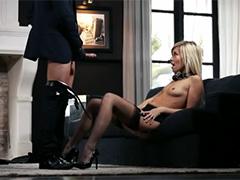 Анальный секс с заводной озорницей