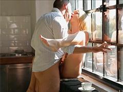 Возбуждающий секс после утренней чашечки кофе