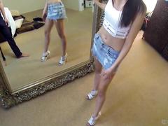 Отдалась за покупку большого красивого зеркала