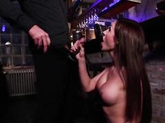 Случайная и горячая встреча в баре