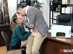 Наказал новенькую секретаршу